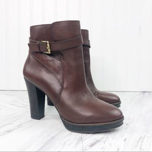 Arturo Chiang 8.5 Brown Buckle Ankle Heeled Boots